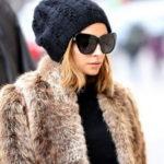 Вязание шапок спицами для женщин: модные модели 2020года с описанием