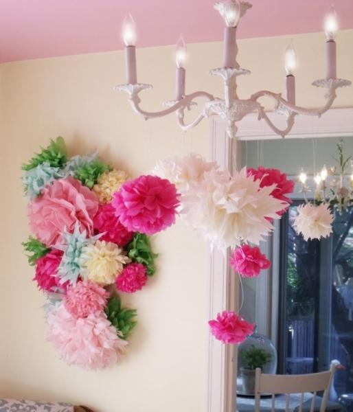 Красивые цветы из крепированной бумаги своими руками фото 55